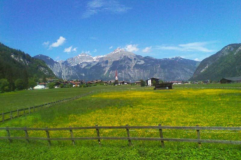 Zillertal-dal-uit-richting-Strass